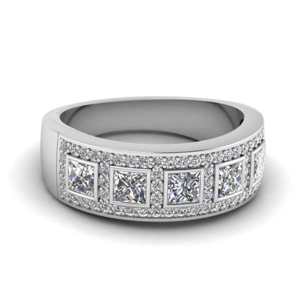 Launching Womens Diamond Wedding Bands | Fascinating Diamonds