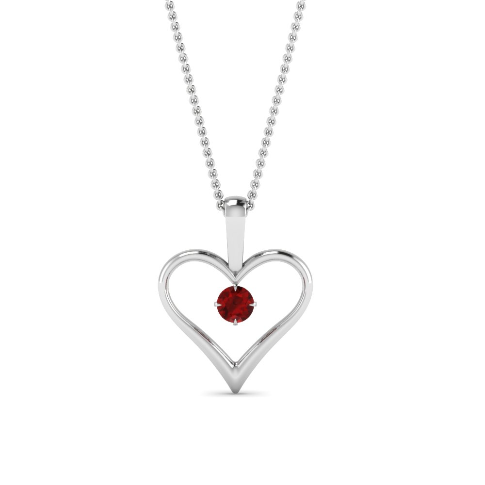 Solitaire Heart Promising Pendant