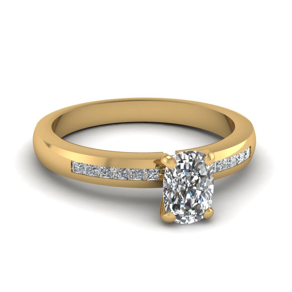 Dainty Lattice Ring